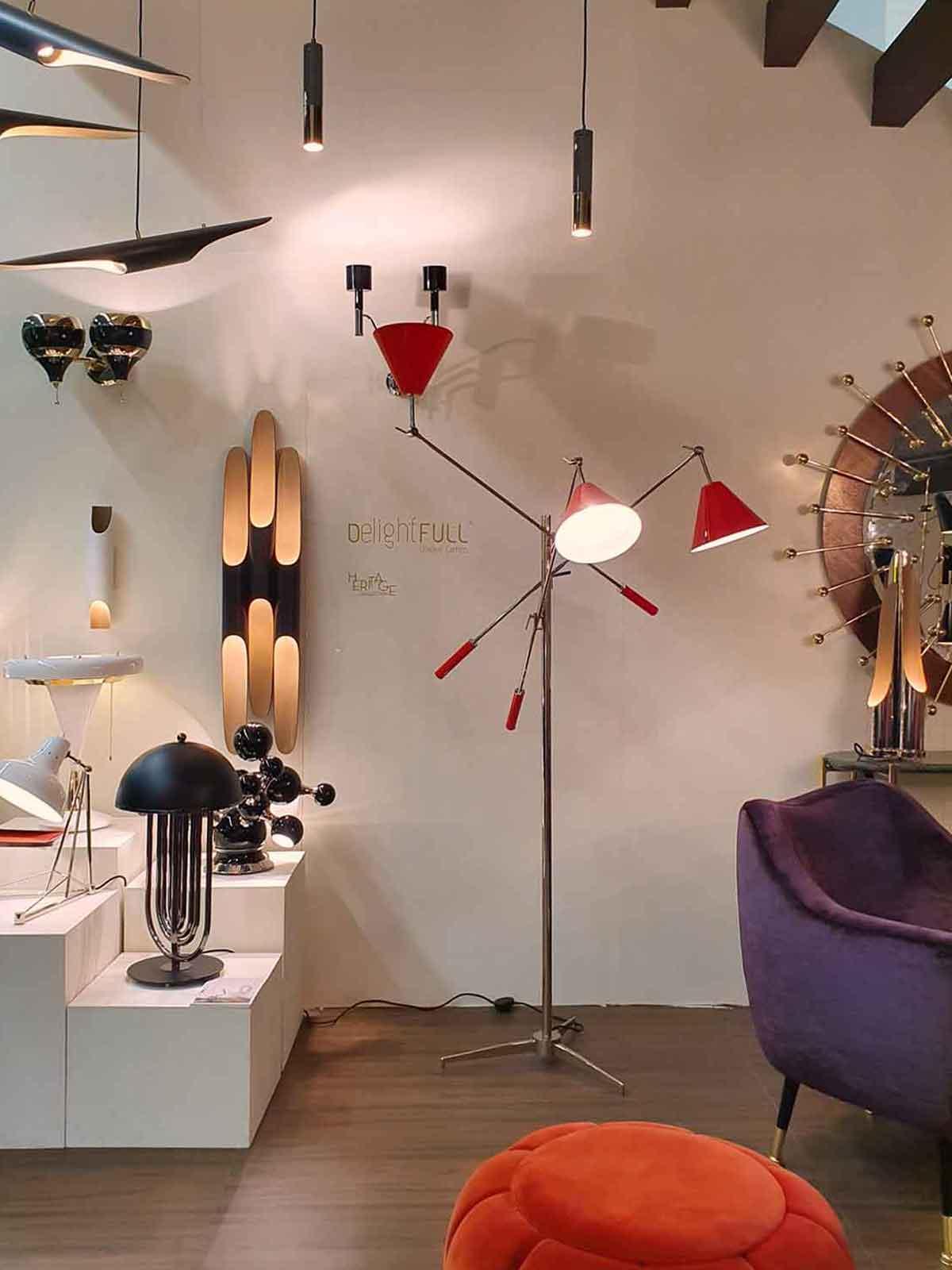Viele verschiedene Hänge- und Stehleuchten im Mid-Century Modern Design von DelightFULL auf der IMM
