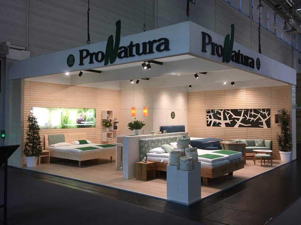 Der Messestand von ProNatura auf der IMM Cologne 2020