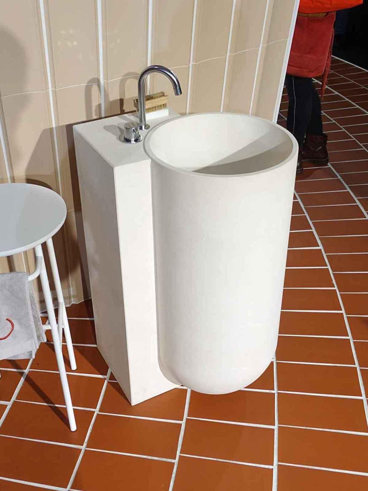 Keramik Waschbecken aus Terrakotta